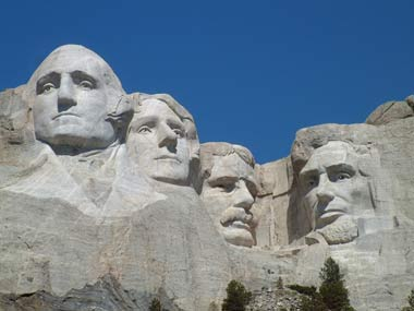 Photo of Mount Rushmore by Jim Bowen on Wikipedia -