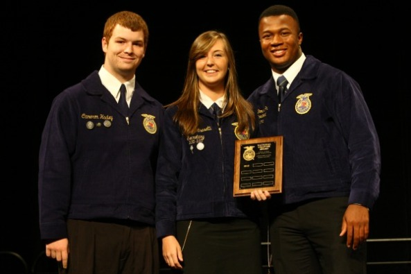 FFA members receive a National Chapter Award at the 85th National FFA Convention & Expo.