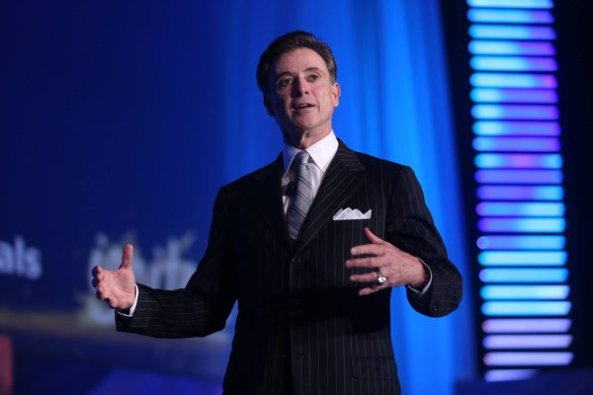 """University of Louisville basketball coach Rick Pitino shared his plays to become strong leaders by implementing five characteristics of his """"one-day contract"""" at the 86th National FFA Convention & Expo."""