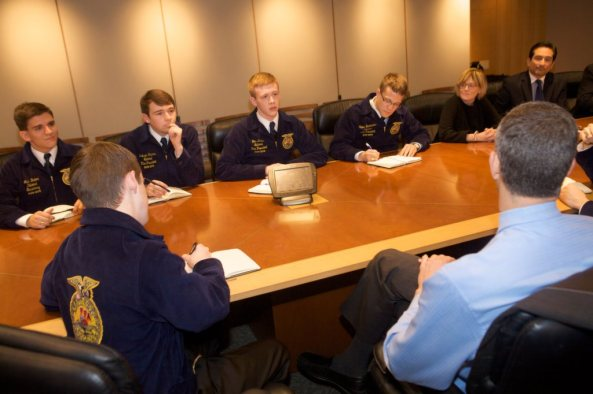 National FFA Officers meet with Arne Duncan