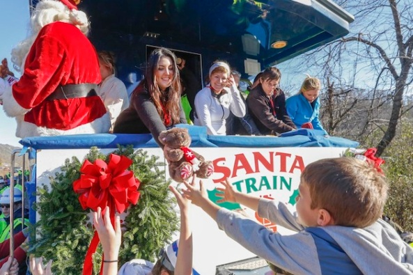 FFA sponsor CSX donates gifts to families and kids with the Santa Train